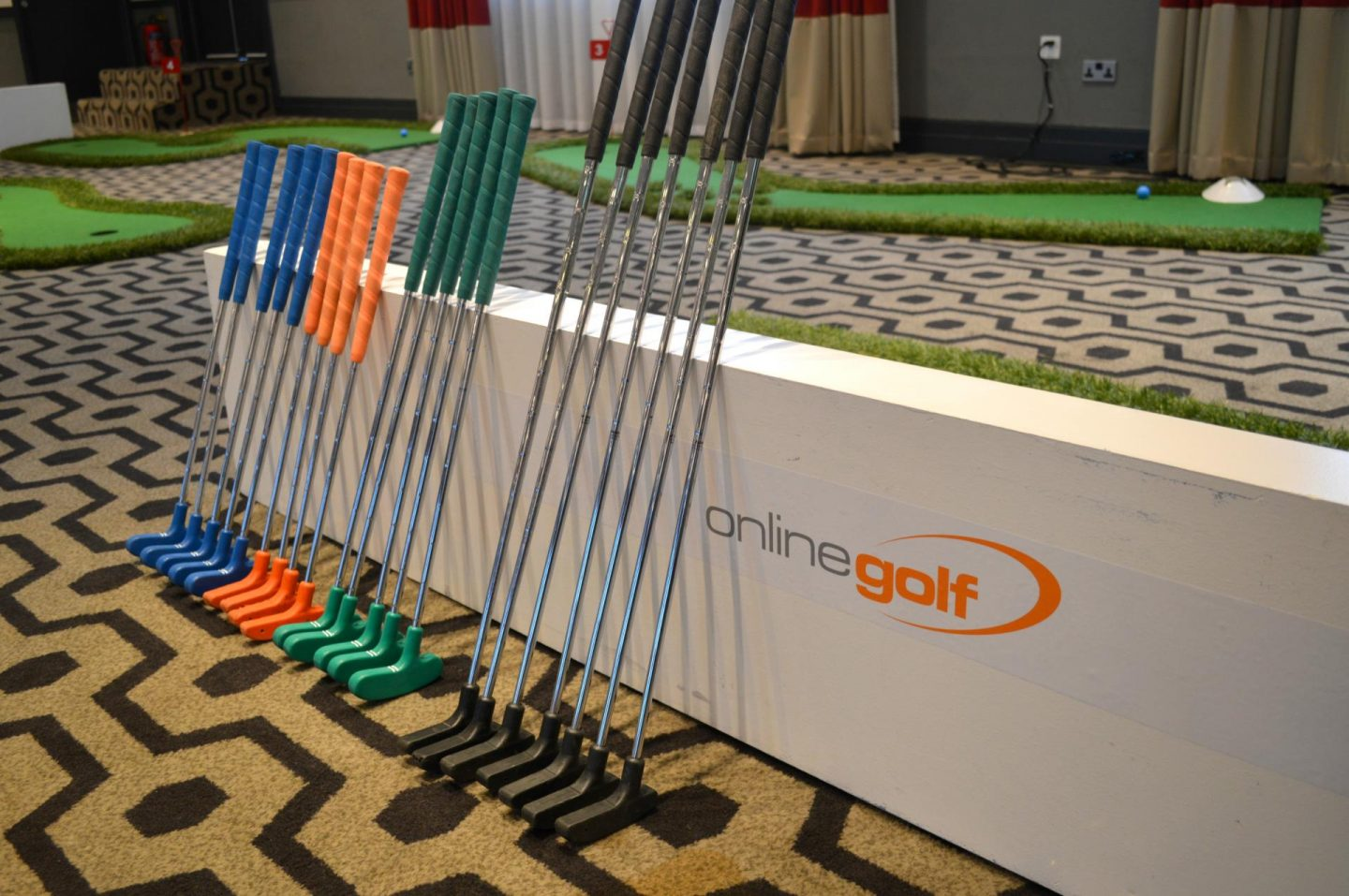 Get Kids into Golf with Online Golf