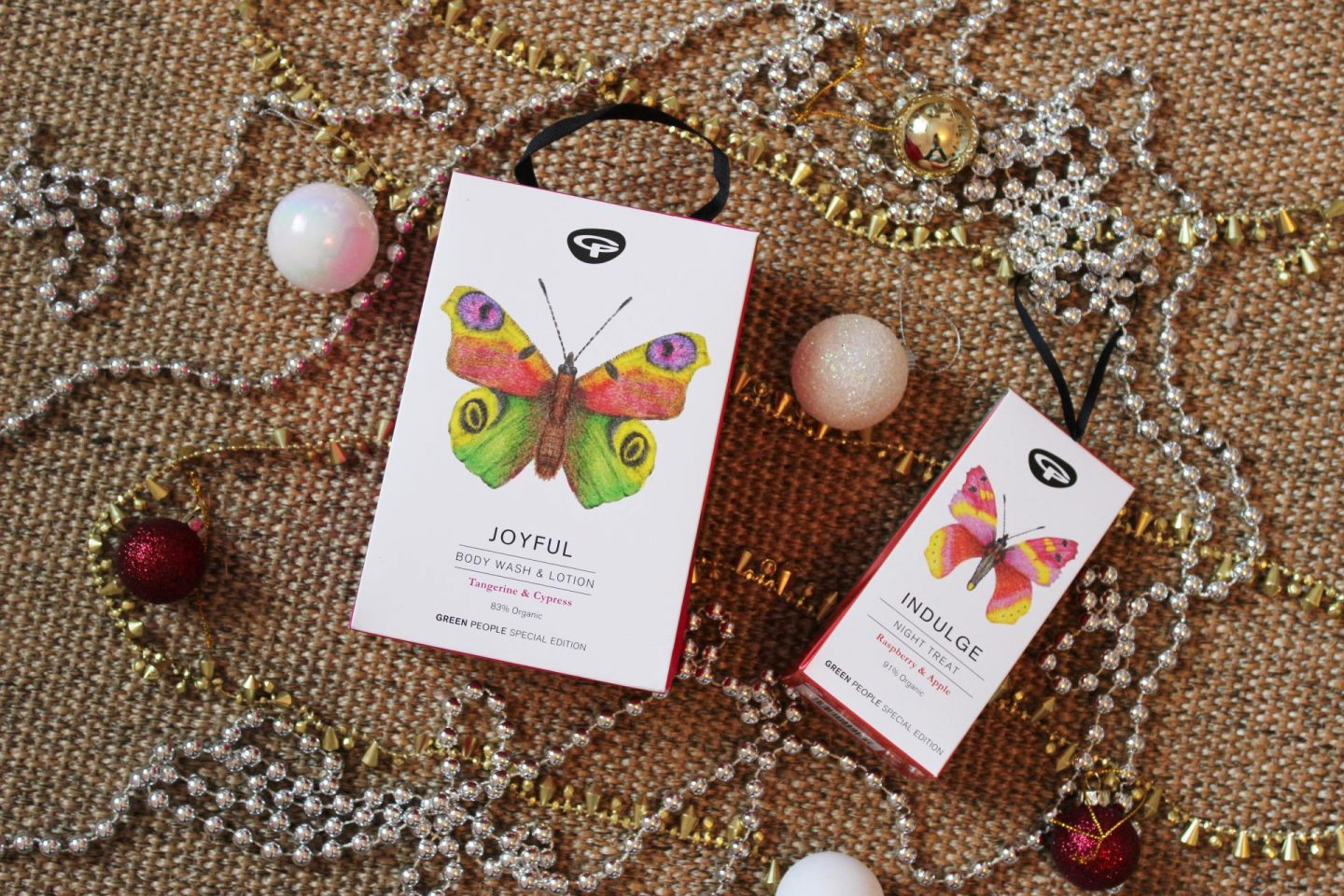 Organic Christmas Gifts from Green People | Review & Giveaway