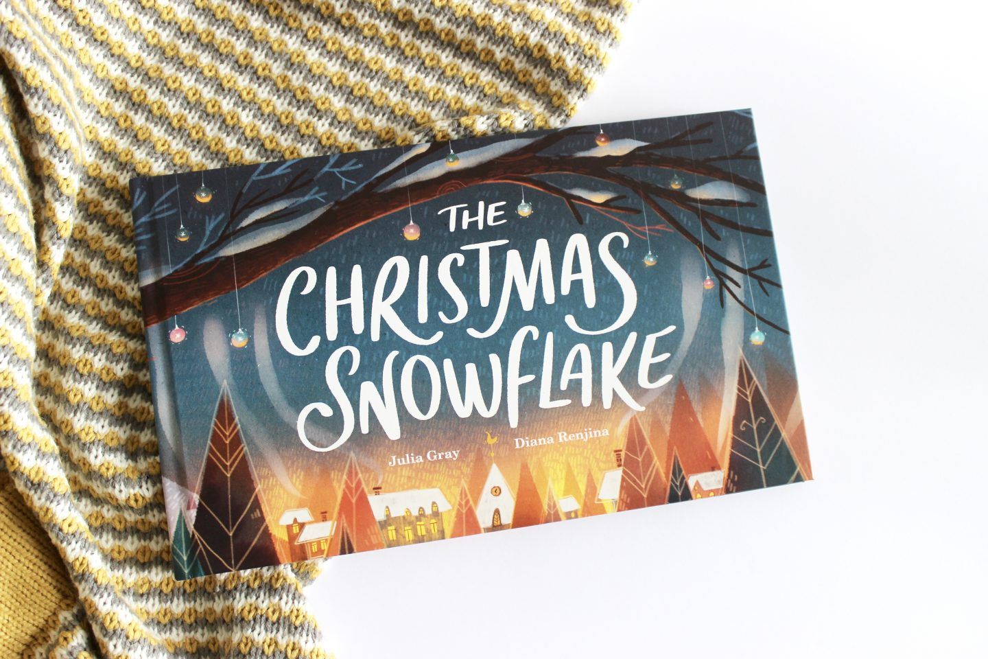 The Christmas Snowflake | Review & Giveaway