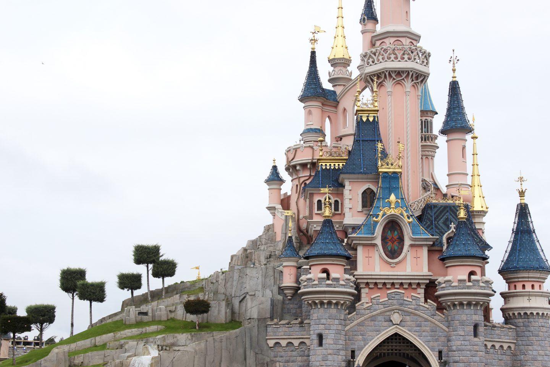 DISNEYLAND PARIS | PART 3 - Emma Plus Three