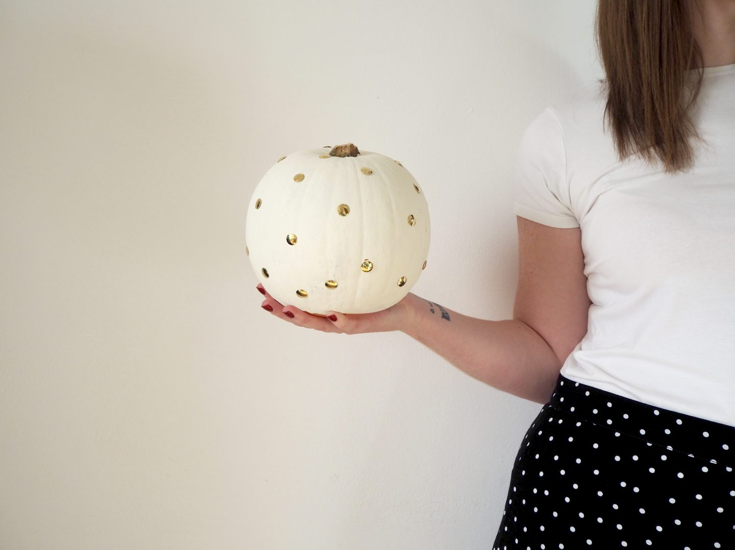 GOLD POLKA DOT PUMPKIN DIY